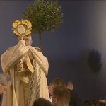 """Jezu, ufam Tobie"" #Krakow2016 #PopeInPL https://t.co/8FQqN69SoO"