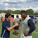 Voice of the #Titans Mike Keith with @Titans WR Andre Johnson https://t.co/3AUbtylIS9