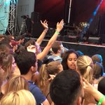 Malia Obama spotted dancing and partying at Lollapalooza https://t.co/00sZfk4GtX https://t.co/PMj4MfUSyj