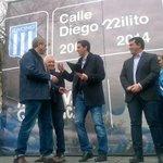 El ídolo de Racing @Diego22Milito desde hoy tiene una calle con su nombre en Avellaneda https://t.co/AAs45uWBGH https://t.co/KWxoeTM5mt