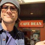 Se por um acaso eu sumir de repente assim, eu fui tomar café com o Dean https://t.co/ALsq5Hf9nN