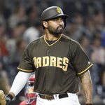 Braves trade Hector Olivera to Padres for Matt Kemp, pending physicals https://t.co/Fw0OEHj1s3 https://t.co/Hui6MJyUFs