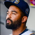 Report: @Padres trade Matt Kemp to @Braves for Hector Olivera. #MLBTradeDeadline https://t.co/BY8jvYCAgK https://t.co/FJo8peti6R