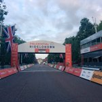 This is what you trained for, dreamed of and will be seeing in a few hours! Have a great #RideLondon 💯 🚴🏻 https://t.co/aufswMqi1n