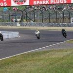 Kawasaki Ninja H2Rのちょっ速のホームストートの走りの画像です!! #鈴鹿8耐 https://t.co/cI5t7Gl38z
