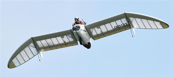 宮崎駿ナウシカの「メーヴェ」をモデルにした小型機が空舞う 北海道でテスト飛行 sankei.com/…