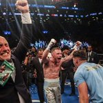 Pictures can speak a thousand words!! @ClonesCyclone @McGuigans_Gym @RealCFrampton https://t.co/1ay0XdHdSV
