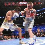 ICYMI, last night Carl Frampton beat Leo Santa Cruz to win the WBA World featherweight title! https://t.co/tSTv760tt5