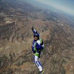 Skydiver makes history by jumping 25,000 feet into a net without a parachute https://t.co/IKYHAGepSU https://t.co/DOHQl3L3E2