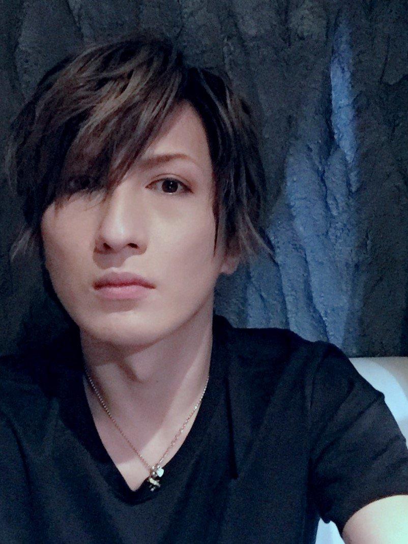 前髪を切ったら若くなった*\(^o^)/*