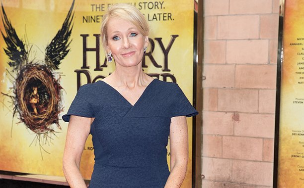 J.K. Rowling celebrates her birthday with a King's Cross cake: