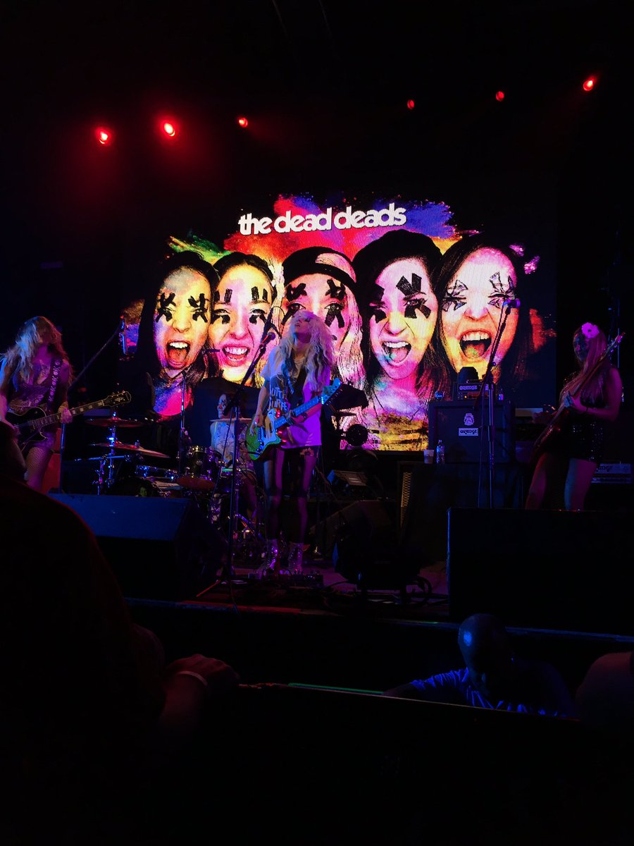 That was a fun opening band! @TheDeadDeads @TheOrbitRoom https://t.co/8k6wWY388e