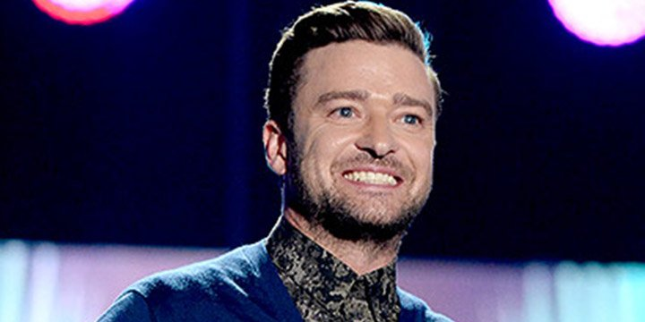 Justin Timberlake gives inspirational speech at the TeenChoice Awards
