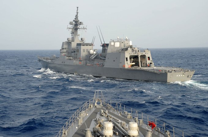 【海上自衛隊Facebook更新】派遣海賊対処行動水上部隊(24次隊)「いなづま」の記録をお届けしま…