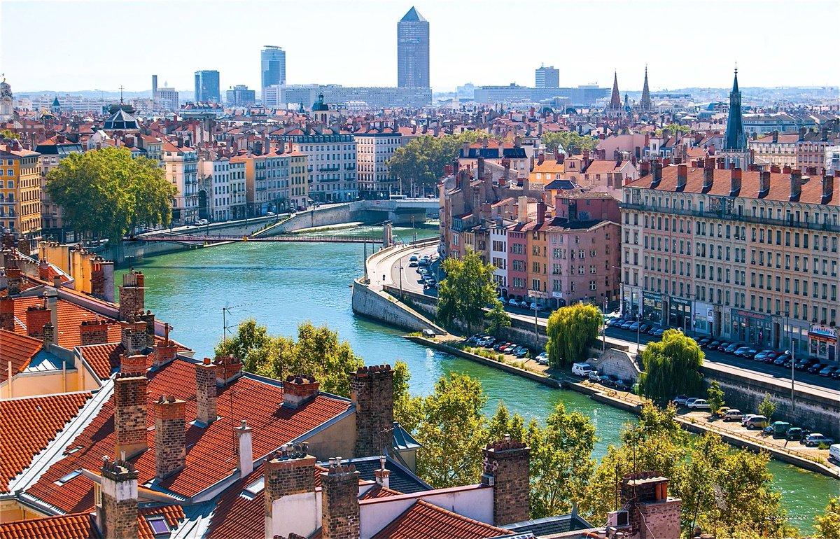 Fancy a trip to Lyon? Flybe are now flying direct services from MAN. First flight today!