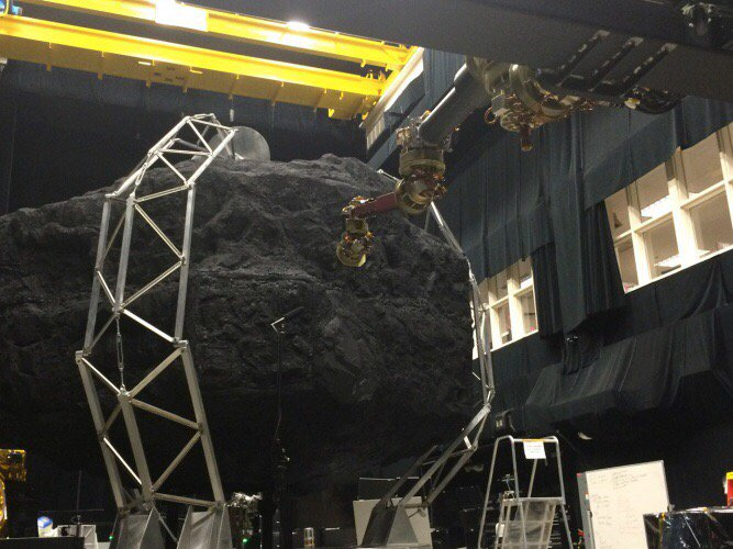 NASA's asteroid redirect mission enters next phase