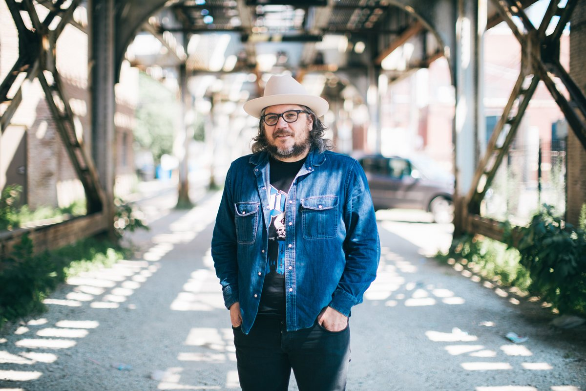Ahead of @Wilco's 10th album, take a walk with Jeff Tweedy to see Chicago through his eyes: https://t.co/S8EqReIbsm https://t.co/Hq0PwhqdP1
