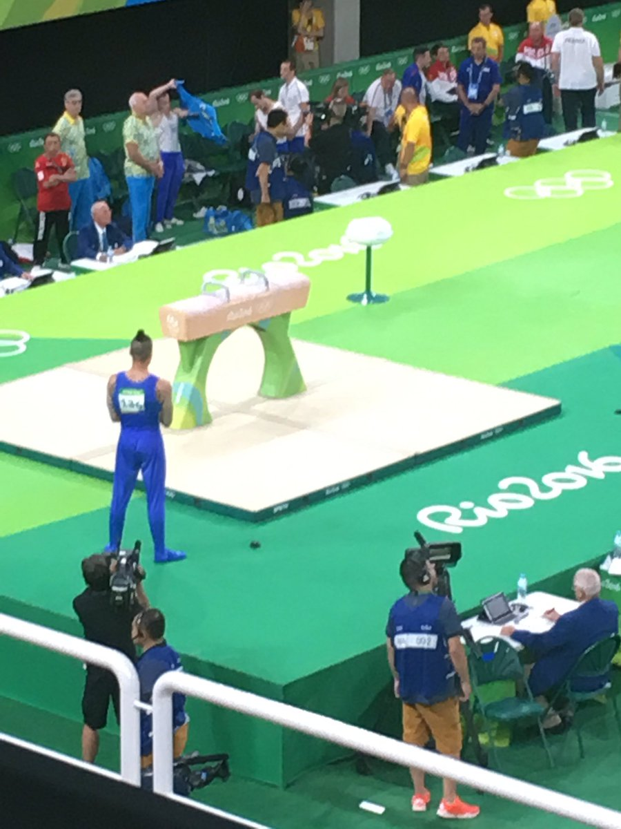 Gold for Max Whitlock. Silver for Louis Smith in gymnastics pommel horse https://t.co/jYqSq5Rwql