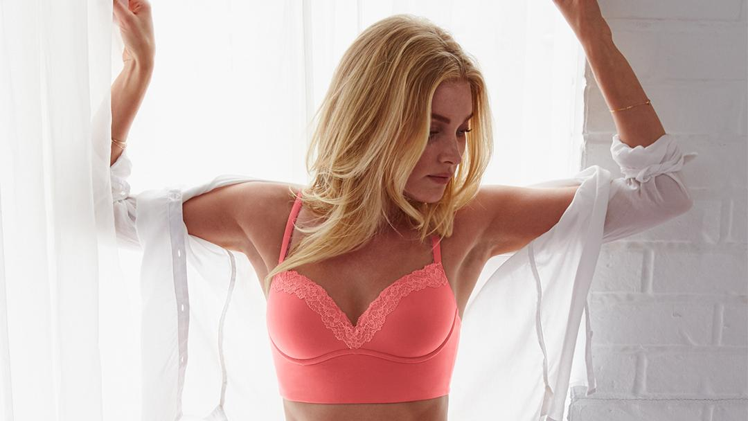 Sexy enough to go out. Comfy enough to stay in. https://t.co/3A5n1FzCNi #NewSexyNow https://t.co/0rIRKwf2nd