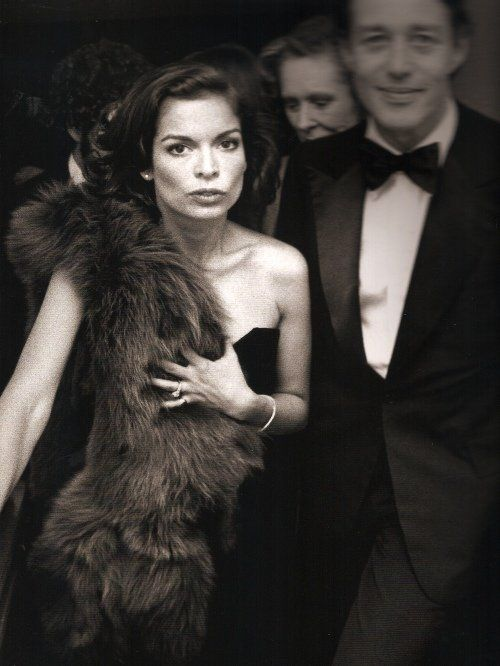 """Style is knowing what suits you, who you are and what your assets are. It is also accepting it all"" - Bianca Jagger https://t.co/OayHWub62a"