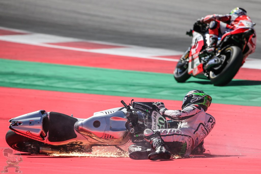 Gutted to be wiped out by @Petrux9 at the last turn. I propose an espresso ban for the Italian riders
