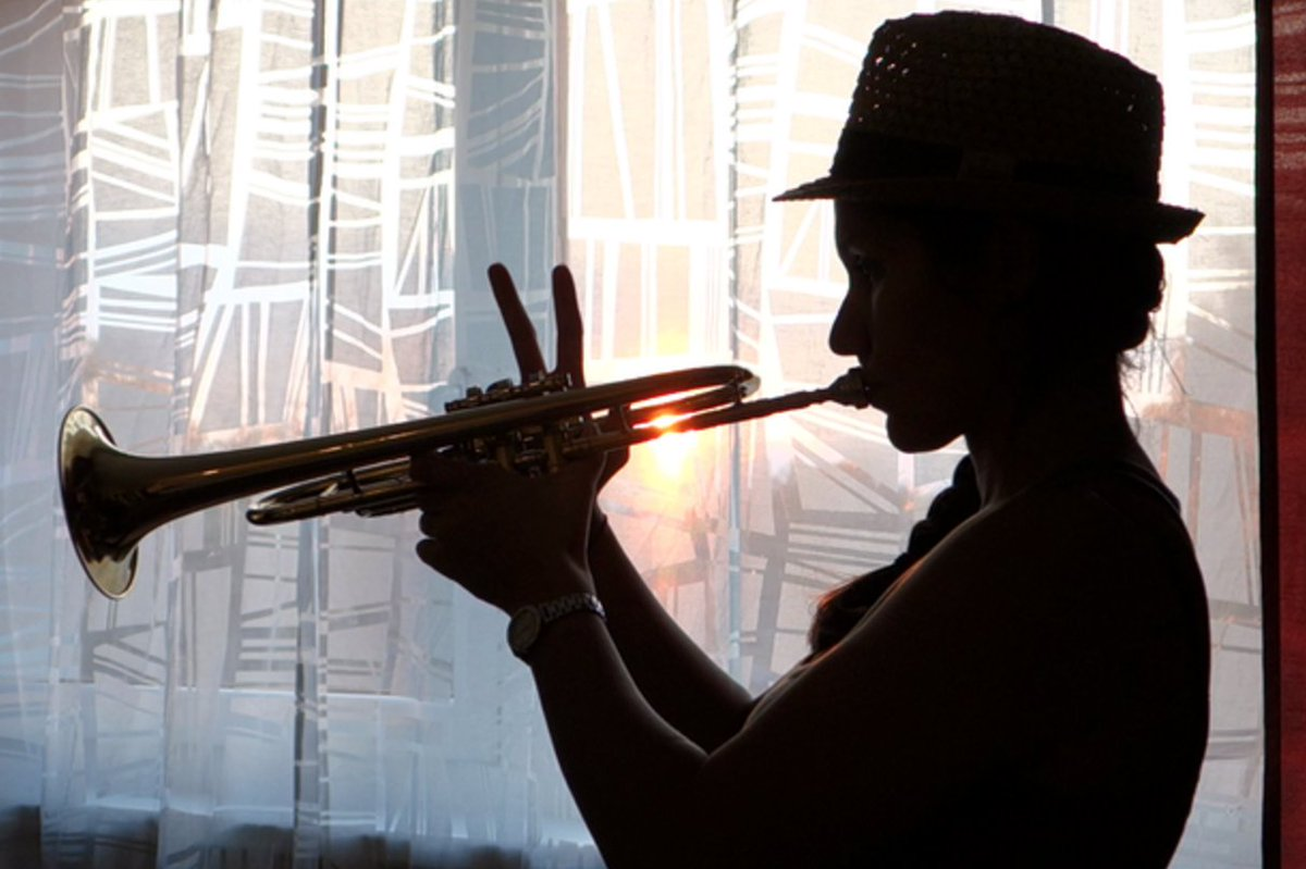 Roll call — who out there plays the trumpet? https://t.co/LB031rtMEB https://t.co/GnSkhEEhp2