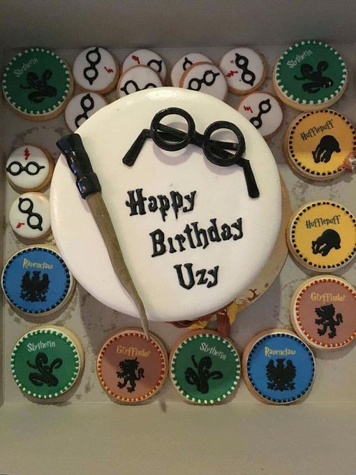 I will never, ever be too old for Harry Potter. Happy birthday to my sorry little self!