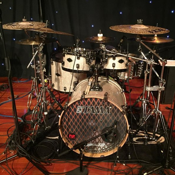If you didn't see it yesterday, here's @marcusthomas88 awesome @TAMAofficial kit! https://t.co/UptgJz0yuD