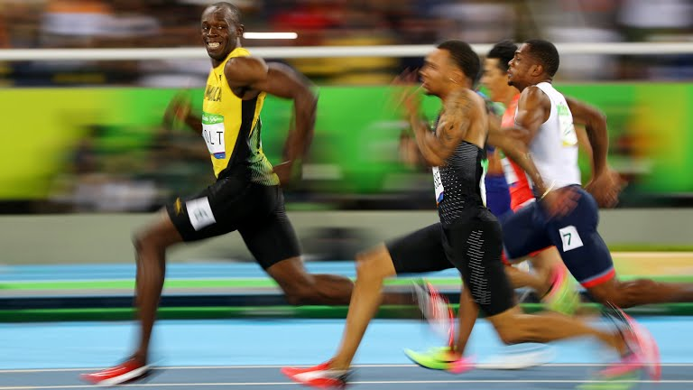 "NOW: Photographer Cameron Spencer who took this soon-to-be iconic Bolt photo. ""I knew it was a special moment."" https://t.co/GEFnh0F0ch"