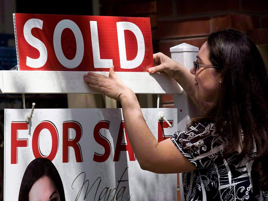 Hot, hot, hot!! Toronto breaks record with $7B in real estate deals last month