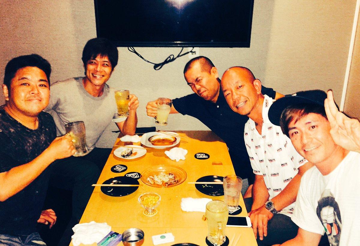 昨日久しぶりに「ツッコミ会」 メンバーはタカトシのトシさん、ダイノジ大地さん、バイきんぐ小峠君、オリ…