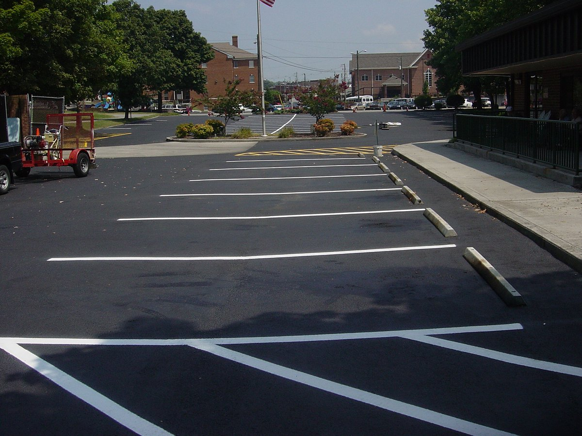 Top Ranked Pavement Sealing is @AAA_Stripe_Pro of Knoxville, TN https://t.co/PxtKQaLfBo #Parking #Knoxville https://t.co/RiS7VQrGrk