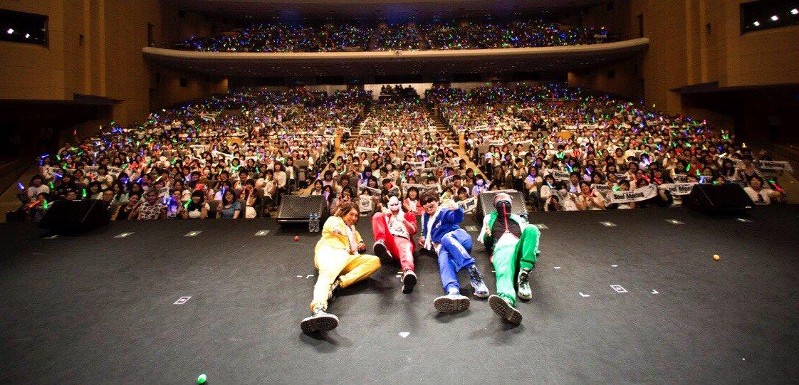 LINE生見てくれた皆さん有難う御座いました! そういえば名古屋公演の写真まだじゃなかったっけ? 名…