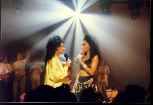 #TBT with Miss @jodywatley on Club @MTV!!  #mtv @MTVClassic #fashion #80s https://t.co/ln2xJpHHsX