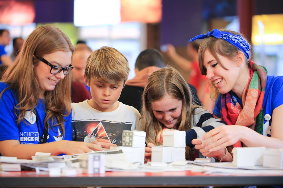 #Volunteer applications for #msf16 are open till 11pm, Wednesday 10th August, apply now: https://t.co/91Y1ZPpNdA https://t.co/Hnd3Po8yTl