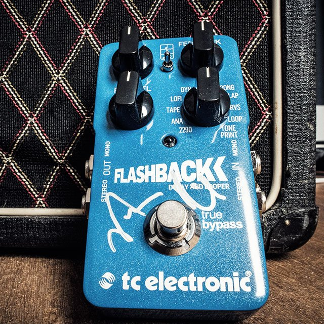 WIN a Flashback Delay signed by @vurnt22 of @LivingColour. Sign up here -> https://t.co/TSLLep6Qeu https://t.co/gJdqAB4beH