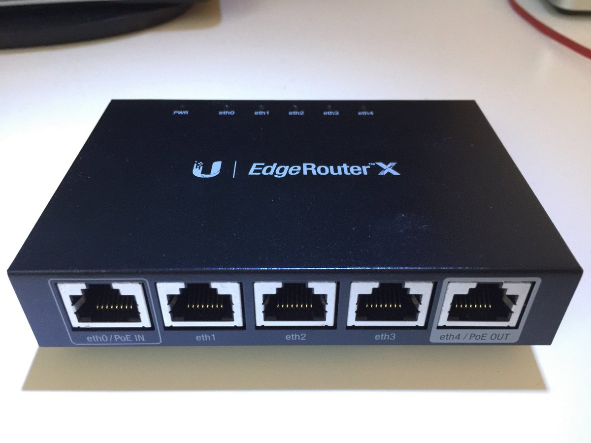 That incredible puppy does route 1 Gbps… So small, capable and cheap (69€)! Thanks @ubnt for the cool product. https://t.co/4ouAx1Z8tu