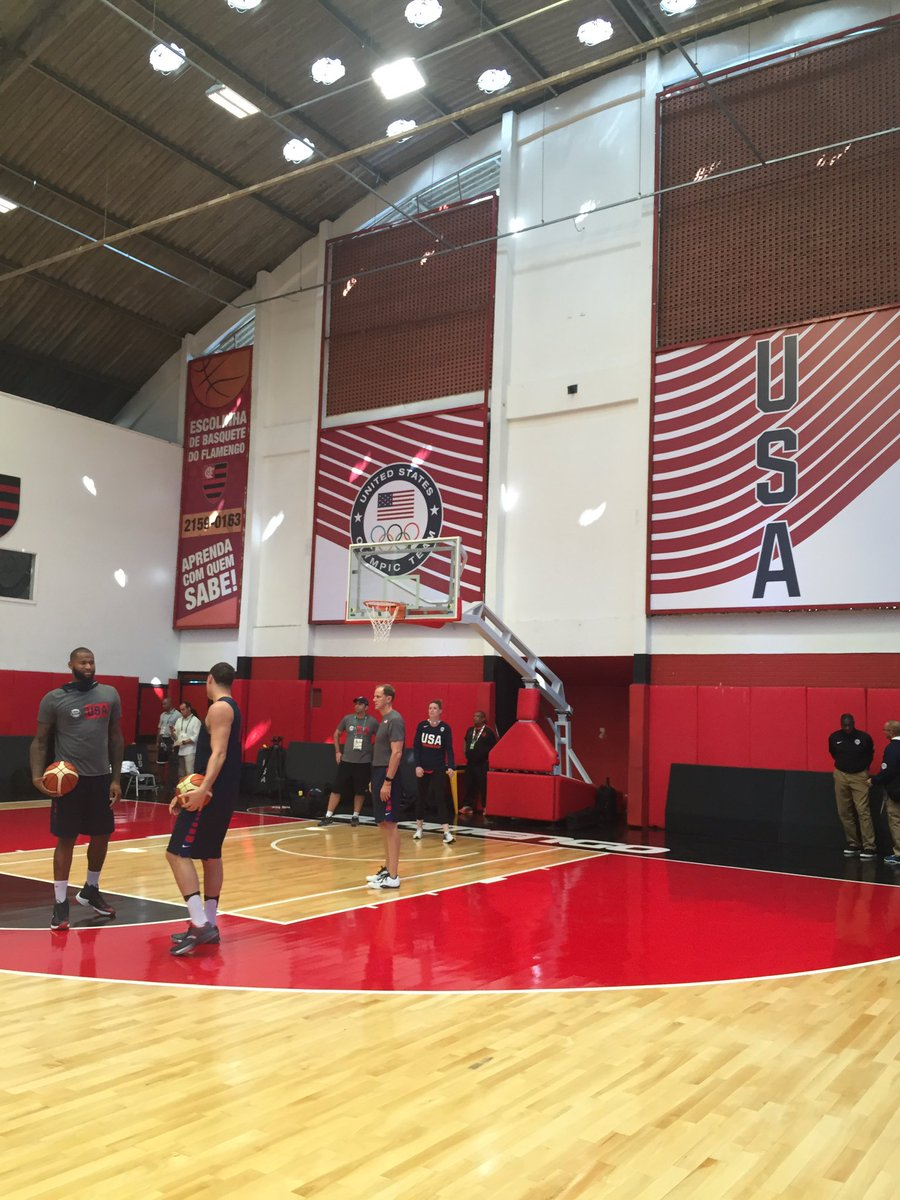 It may be the home of @Flamengo_en but @usabasketball has taken over for #Rio2016 @CBCOlympics https://t.co/mFYE7Jwgs7