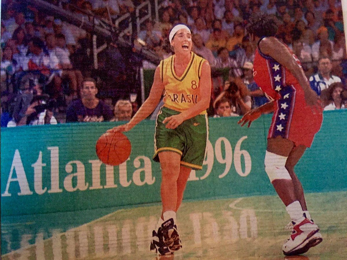 20 anos depois, de novo chegou a hora da emoção e de  torcer pelo Brasil nos Jogos. Agora, todos nós estamos juntos! https://t.co/Stn8K6SLeP
