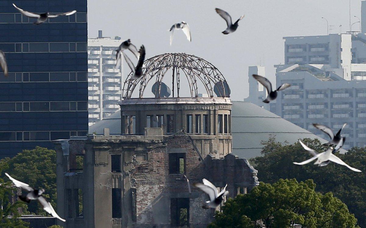 8時15分、広島は被爆から71年目を迎えます。(資料写真:ロイター/アフロ、MeijiShowa.c…