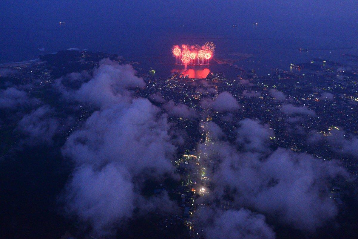 いわき花火大会 3年振りに空撮しました。 https://t.co/35urmRVdvF