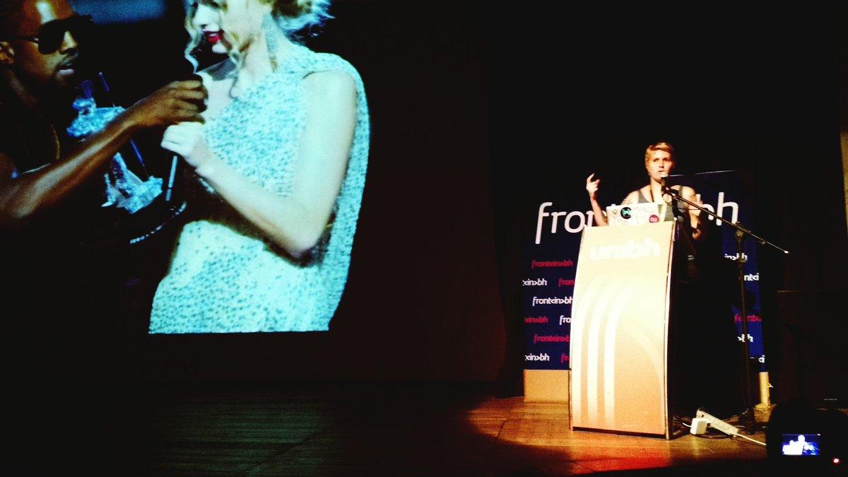 1ª vez em 5 edições, uma palestra aplaudida de pé! Mt Obrigado por essa talk @mjcoffeeholick . #frontinbh2k16 https://t.co/O16KhbrS73