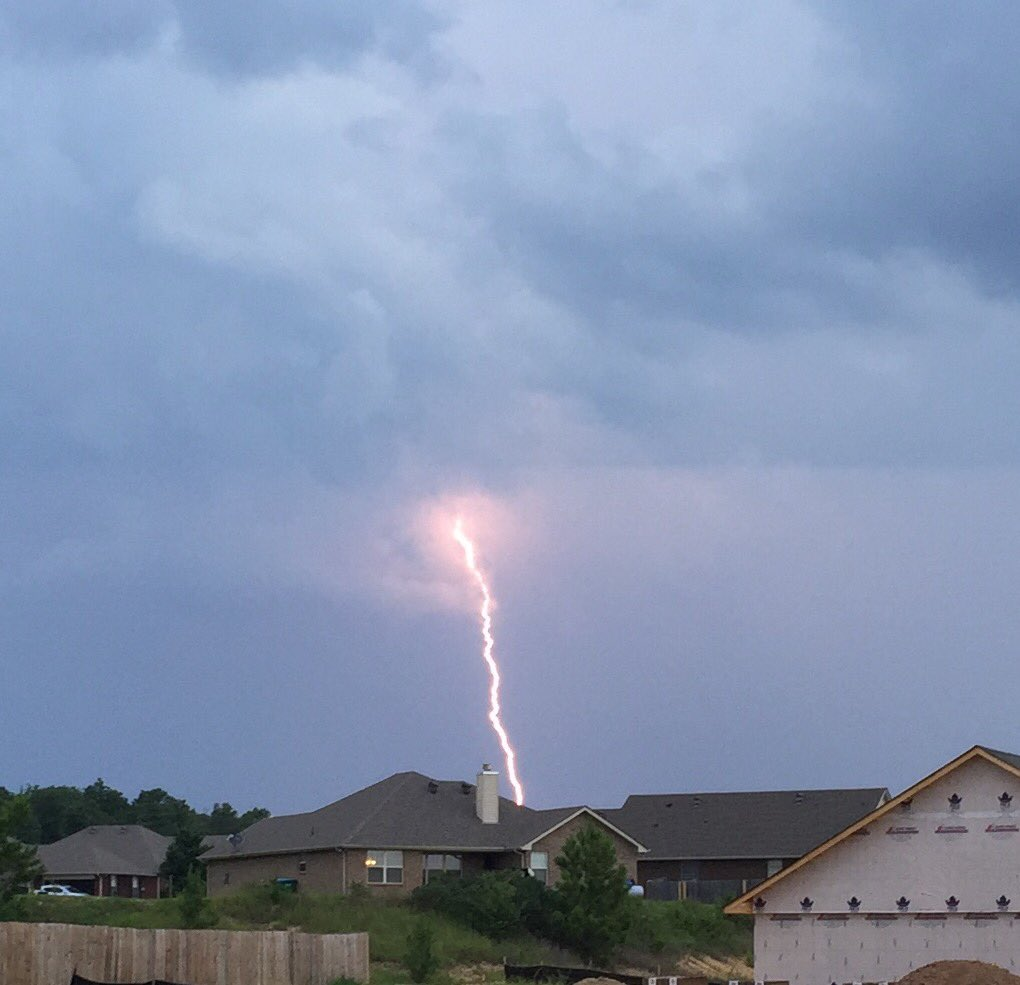 Alabama shelby county saginaw - Photo Vivid Lightning Seen In Alabaster Ala Area Pairofdivers