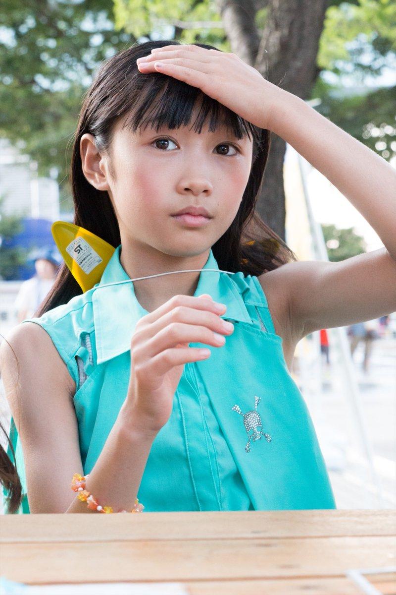 11歳の女の子のおぱんつ脱がしてつるつるおまんまんの匂いを胸一杯に吸い込みたい [無断転載禁止]©2ch.netYouTube動画>1本 ->画像>23枚