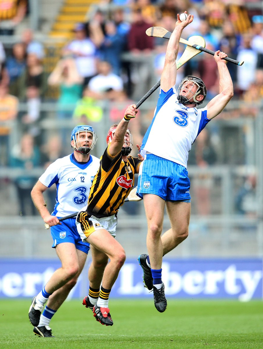 What an outstanding game of hurling! FT @WaterfordGAA 0-24 @KilkennyCLG 1-21 #KKvWAT https://t.co/PNTrO3VZ4s