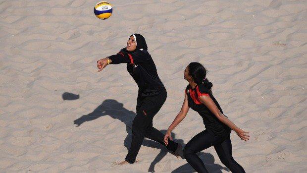 عکس والیبال ساحلی مصر رو دیدیم... این هم نفر دوم همون تیمه #حق_انتخاب_پوشش https://t.co/wC5KL9Ma75
