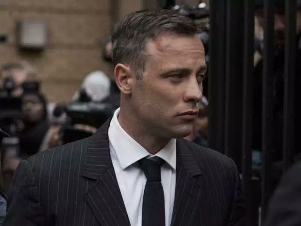 Oscar Pistorius denies suicide attempt after 'wrist injuries' in jail send him to hospital