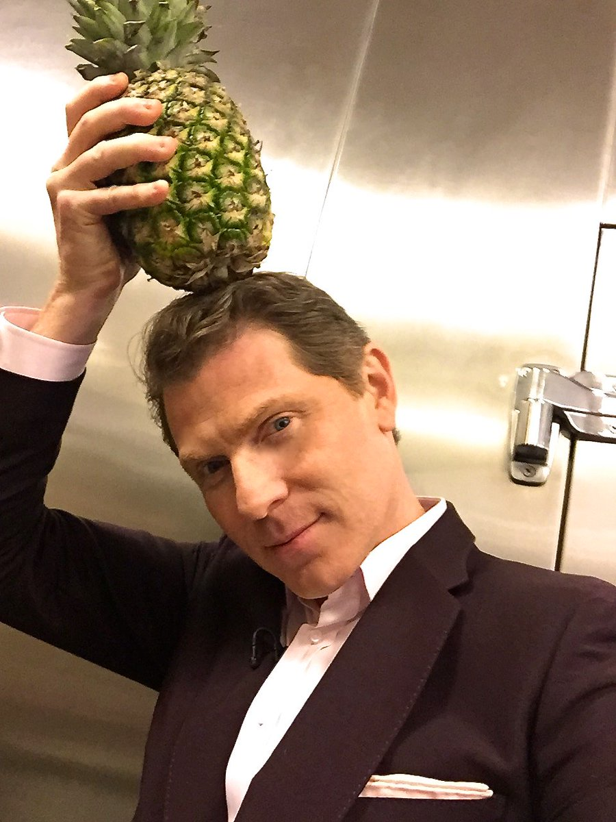 Share a fruit or veggie selfie using #DrinkGoodDoGood and @NakedJuice will donate 10lbs of produce #sponsored https://t.co/6oGkgZyrZM