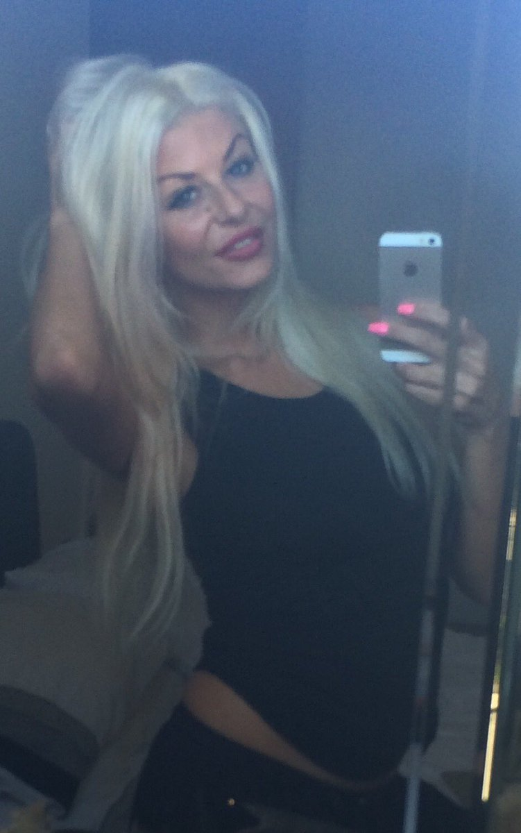 1 pic. #RedLips ? #redlipstick ?#blonde ? xxx t4u679DbpQ