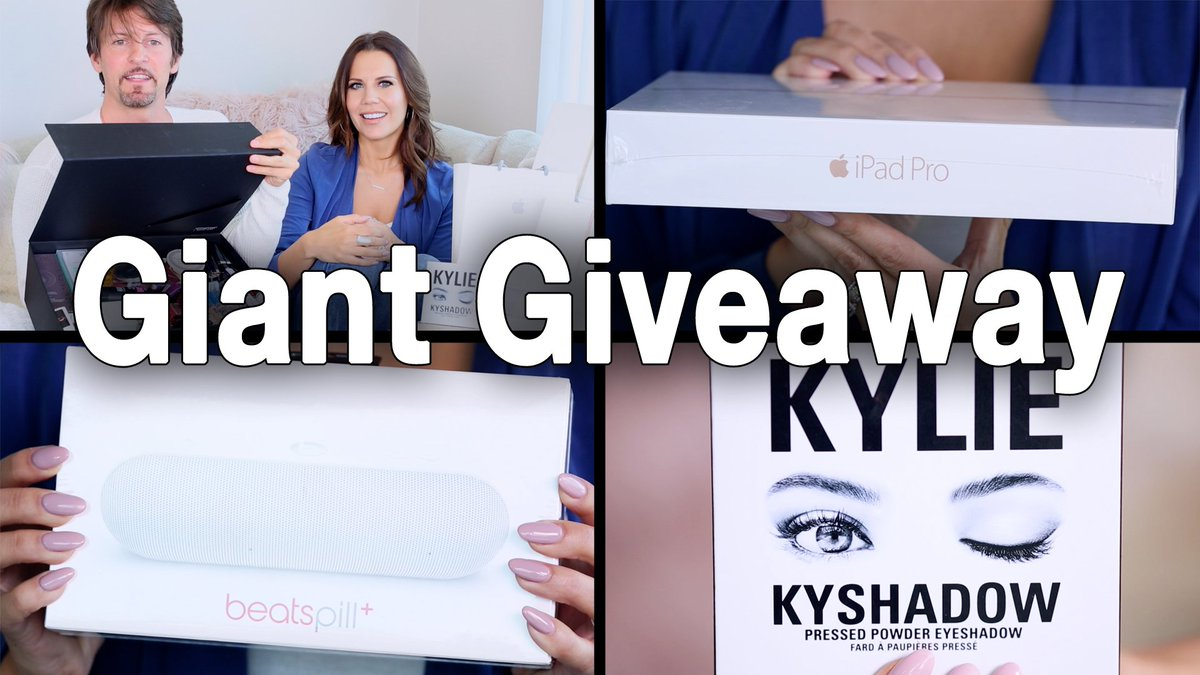 WATCH  https://t.co/yfVAk3zDg1 to ENTER my $5,000 GIANT GIVEAWAY and learn why I'm obsessed with @bestfiends game. https://t.co/bTur7dhVhH